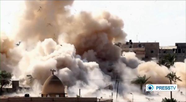 Egypt destroys a house for buffer zone.